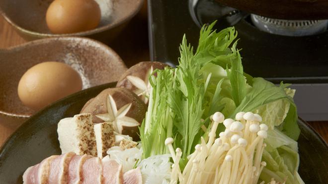 鶏鬨 - 料理写真:地養鶏すき焼き