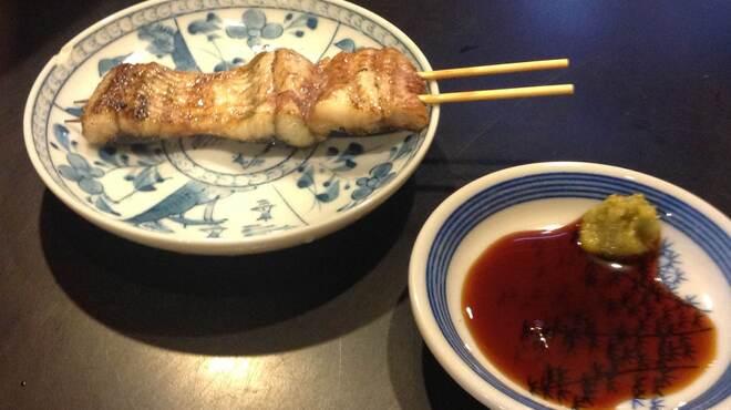 うなぎ串焼き くりから - 料理写真:まむし焼白蒸したうなぎで一人用の白焼きを手軽に
