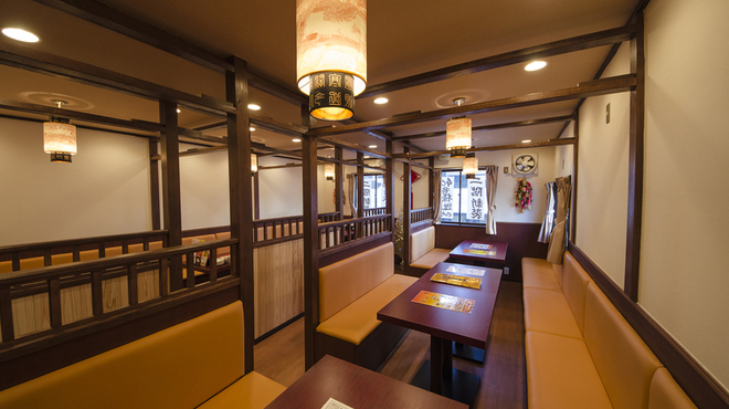 中華飯店 天津餃子房 - 内観写真:
