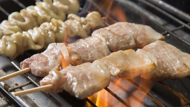 居心地屋 參 - 料理写真:◇炭火で炙った串焼き◇