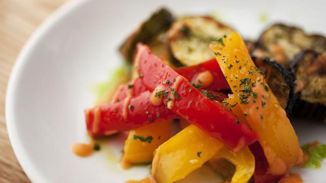 ラ コシーナ デル クアトロ - 料理写真:グリル野菜のサラダ