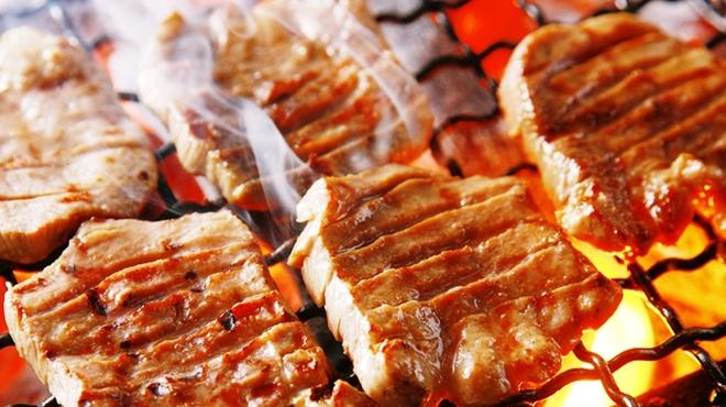 伊達の牛たん本舗 - 料理写真:極上厚きり牛たんを堪能