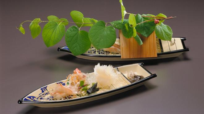 京懐石 吉泉 - 料理写真:鯛、車海老、烏賊造里