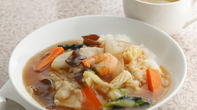 フラミンゴ - 料理写真:隠れた人気メニュー『中華丼』