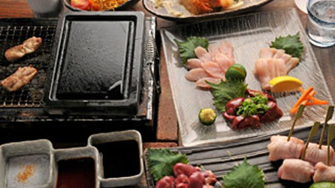 酔処 諭吉。 - 料理写真:当店使用の『鳥取地鶏』は、 歯ごたえが良く、低脂肪でコクがあり、鶏肉本来の野性味あふれる懐かしい味です。どんな料理でも美味しくお召し上がっていただけます。
