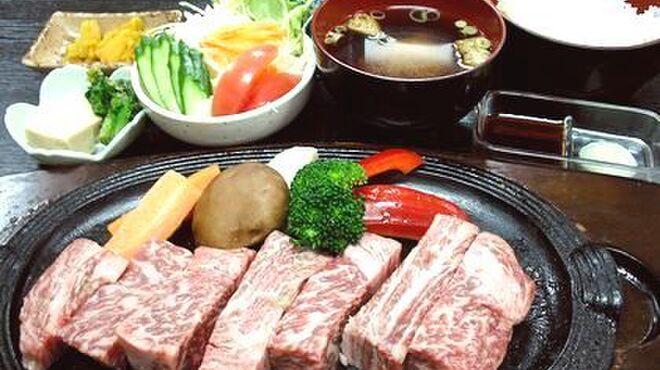 飛騨牛 まんぷく亭 - 料理写真:飛騨牛ステーキ