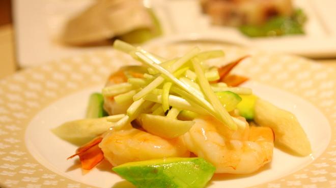 喜臨軒 - 料理写真:海鮮と季節野菜・黄韮の炒め