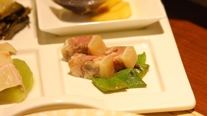 喜臨軒 - 料理写真:冷菜・豚の煮凝り