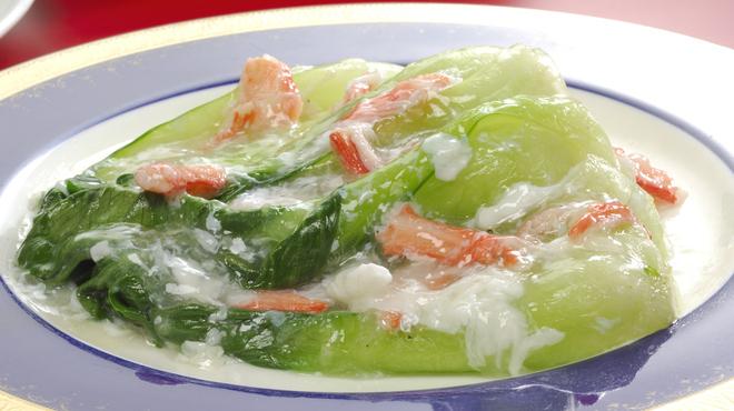 広東飯店 美香園 - 料理写真:季節野菜の蟹肉あんかけ