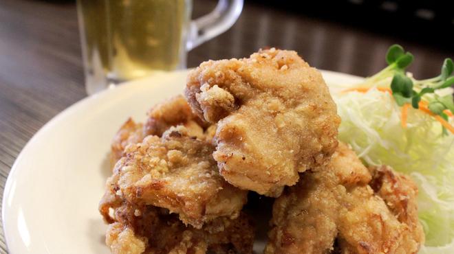麺屋ぐらんふぁ - 料理写真:鳥唐揚げ皿盛り500円
