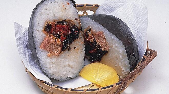 山賊鍋 - 料理写真:山賊おむすび