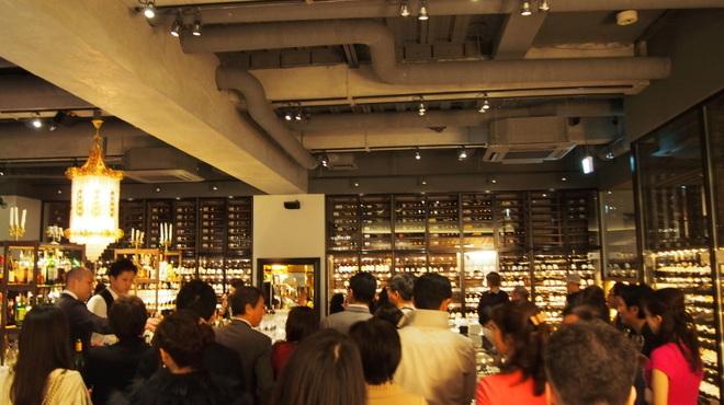 ワインハウス 南青山 - 内観写真:
