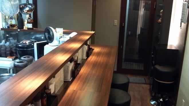 近松 - 料理写真:落ち着いた店内です。