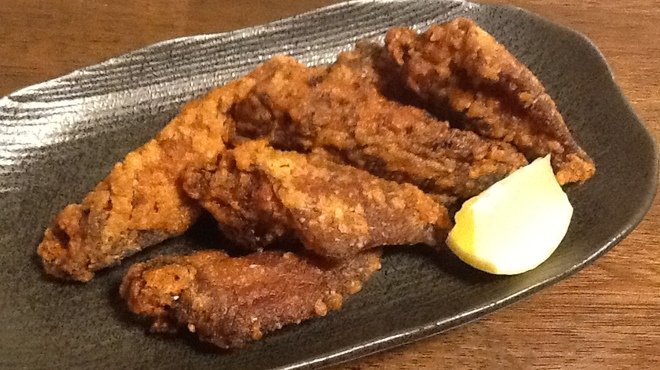 とりまんま - 料理写真:手羽先のから揚げ