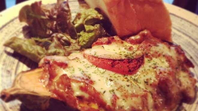 夕焼け飯店 - 料理写真:米ナスのミートチーズ焼き