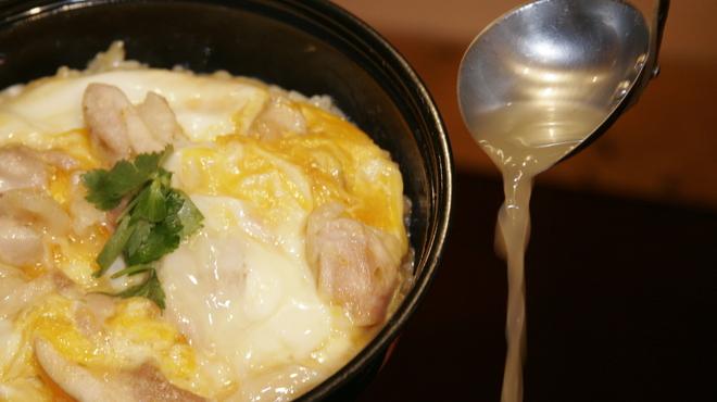 鳥めし 鳥藤分店 - 料理写真:親子丼 しお