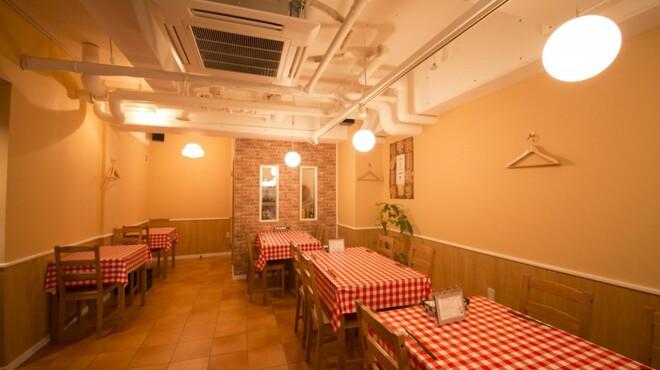 イタリア食堂 キャリー - 内観写真:デートや女子会にも♪さまざまなシーンでご利用いただけます!
