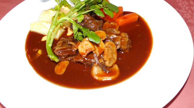 ベルマリン - 料理写真:和牛のビーフシチューはじっくりと煮込んだ逸品★