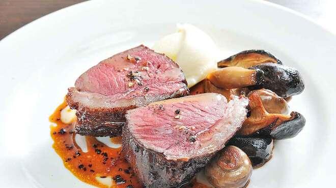 Ristoro Cocteau's - 料理写真:ワインとの相性抜群の肉料理をご用意!