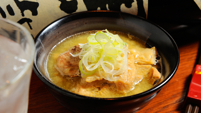 やきとり処 Katsu - 料理写真:昼間からずっと煮込んでトロトロになった絶品の『モツ煮込み』