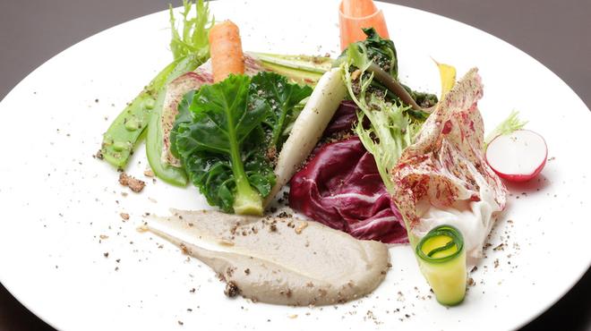 atri - 料理写真:横浜の地野菜と自家栽培野菜にこだわったイタリアンに舌鼓