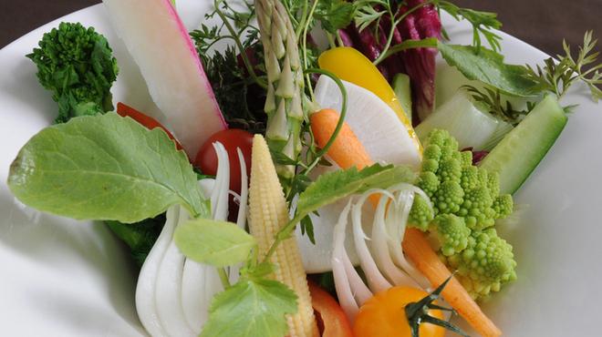 ソルビバ - 料理写真:ディナーメニュー『季節野菜のバーニャカウダー』