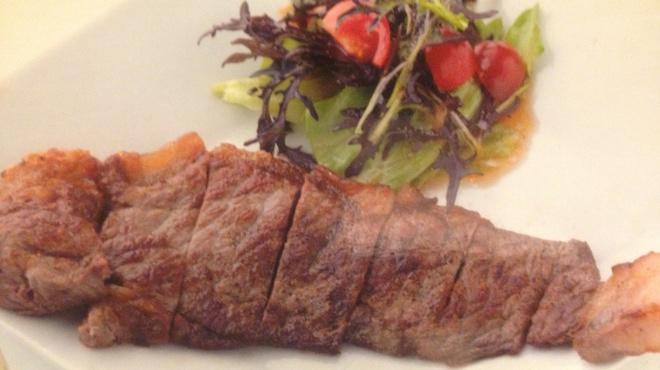 KJワイナリー - 料理写真:特選ブドウ牛のステーキ