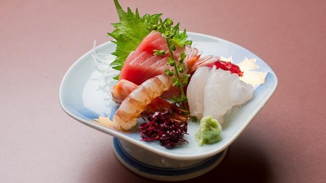 割烹 魚政 - 料理写真:お刺身盛り