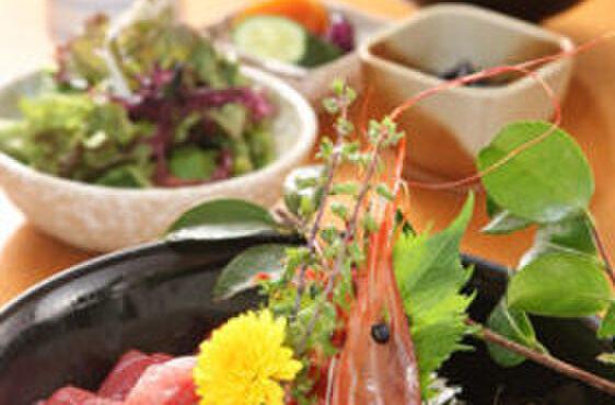 魚國 - 料理写真:大名海鮮丼