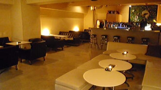 27 PARADISE CAFE - メイン写真: