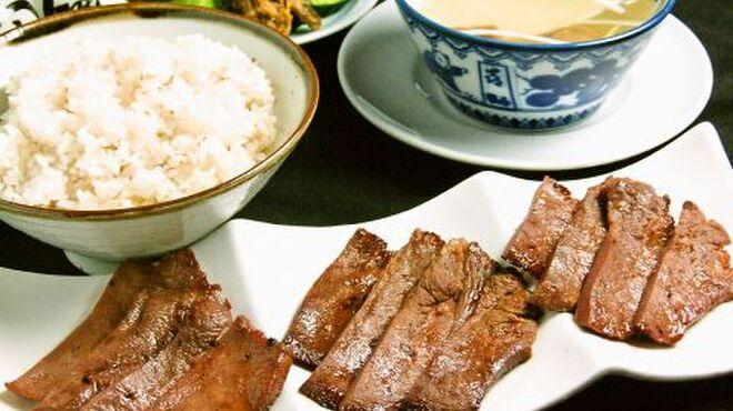 味の牛たん 喜助 - メイン写真: