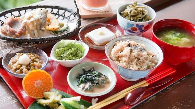 「山の茶屋 楽水 さちばる定食 フリー画像 」の画像検索結果