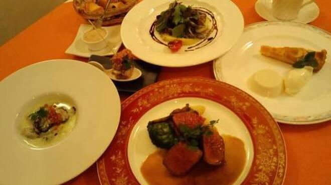 レストラン ヴィーニュ - メイン写真: