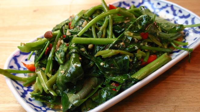ダオタイ - 料理写真:炎の空芯菜炒め