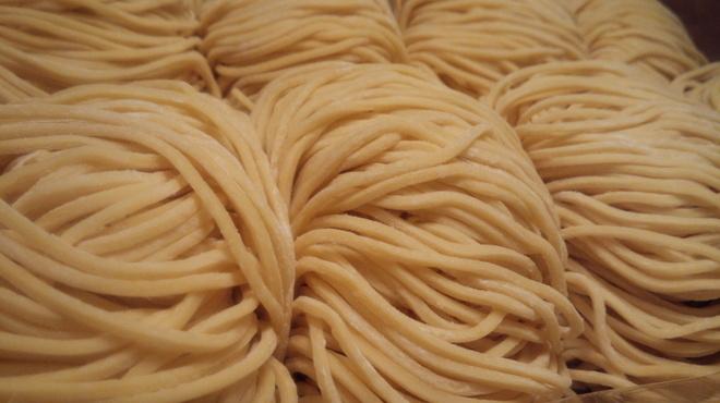 吉虎 - 料理写真:自家製麺