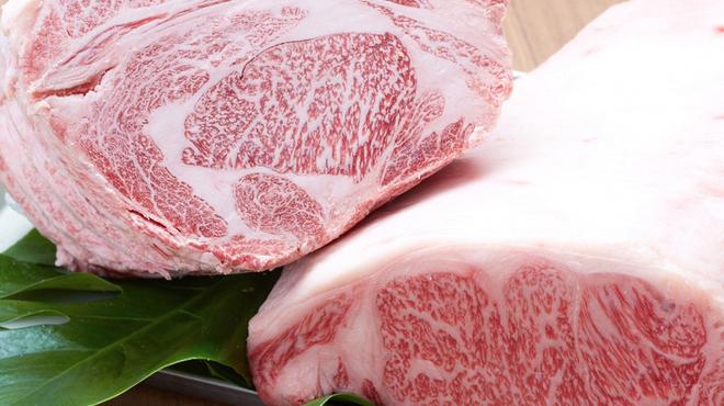 焼肉 いのうえ - 料理写真:黒毛和牛A5ランク使用