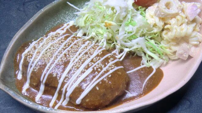 和のみ - 料理写真:一番人気の豚角煮と並び人気急上昇の煮込みハンバーグ御膳です。