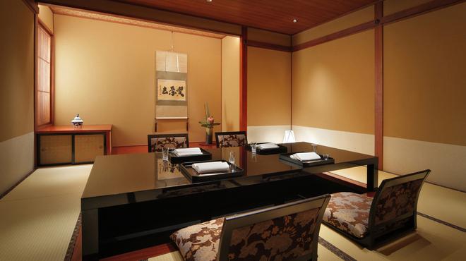 日本料理 はや瀬 - 内観写真: