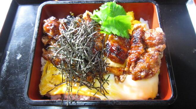 鳥せい - 料理写真:親子鳥かば焼き丼
