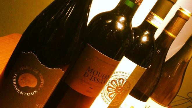 わいん家 - 料理写真:種類豊富なワインもいかがですか?