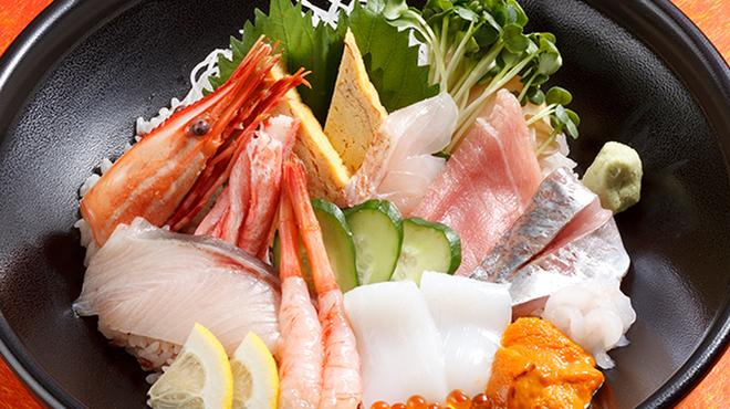 かなざわ舞紋屋 - 料理写真:かなざわ舞紋丼1800円+税