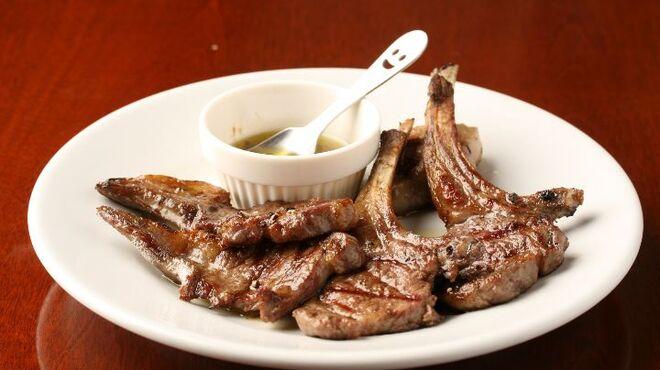 ダノイ - 料理写真:骨付き子羊のグリル