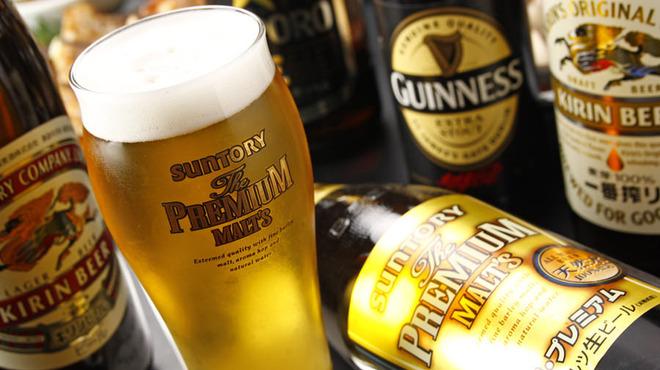 たこ安 - 料理写真:ビール、焼酎、日本酒の種類が豊富!
