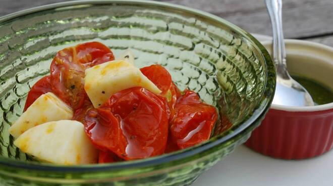 ソファリ - 料理写真:ドライトマトとモッツァレアチーズのマリネ