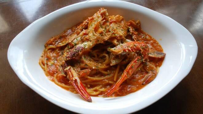 ソファリ - 料理写真:渡り蟹のトマトクリームパスタ
