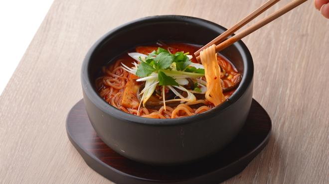 熟成和牛焼肉エイジング・ビーフ - 料理写真:ユッケジャンラーメン
