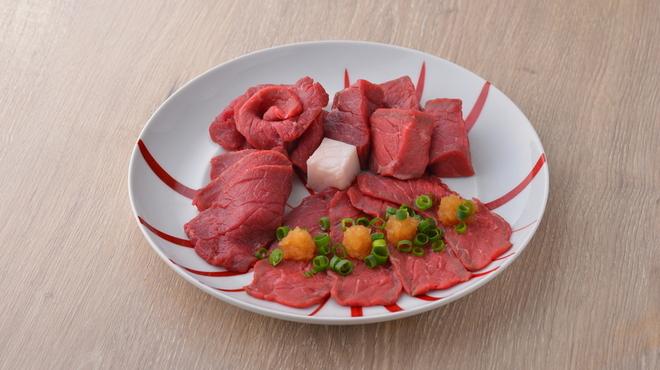 熟成和牛焼肉エイジング・ビーフ - メイン写真:
