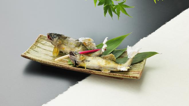 はなみずき - 料理写真:活鮎塩焼(一尾)