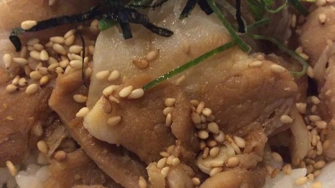 小高屋しじみ王 - 料理写真:香味豚バラ丼
