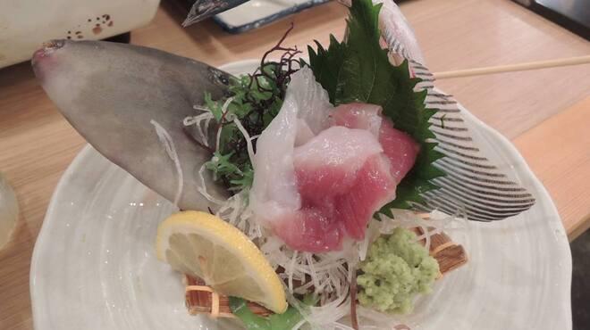 丸冨水産 - 料理写真:ウマヅラ姿盛り~